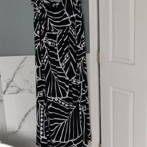Black white maxi dress white house Black market